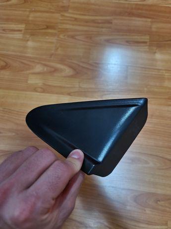 Plastic,  carcasa de sub oglinda stânga față , accesoriu original