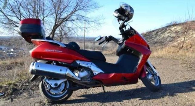 Продам Honda Silver Wing 400 в новей без пробегу по казахстану