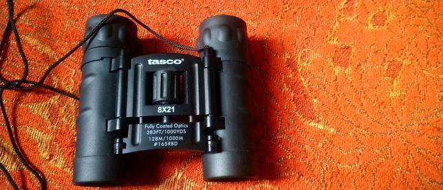 Бинокль марки Tasco