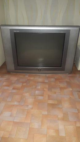 Продаётся большой телевизор Rolsen