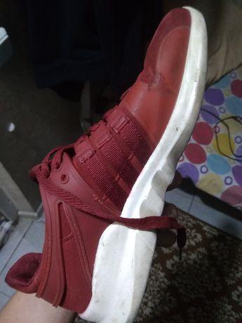 Продам кроссовки в идеальном состоянии