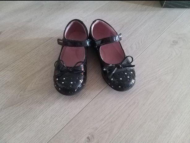 туфли детские 27 р