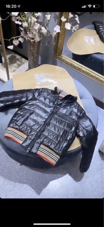 Куртка черная burberry