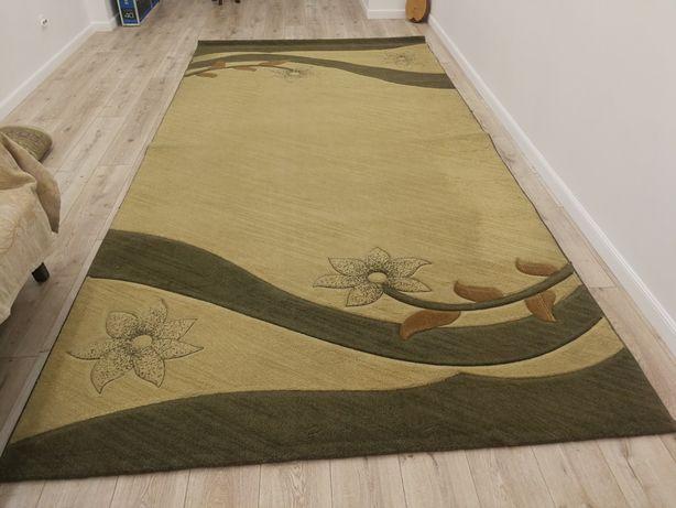 Продаётся ковёр в идеальном состоянии