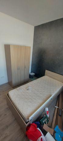 Dormitor copii compus din pat,dulap,etajera