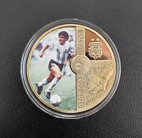 Монети възпоменателни Диего Марадона