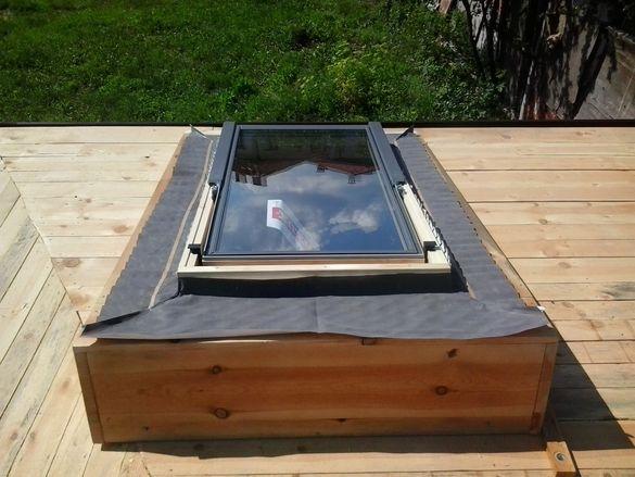 Поставяне на покривни прозорци Велукс (Velux)