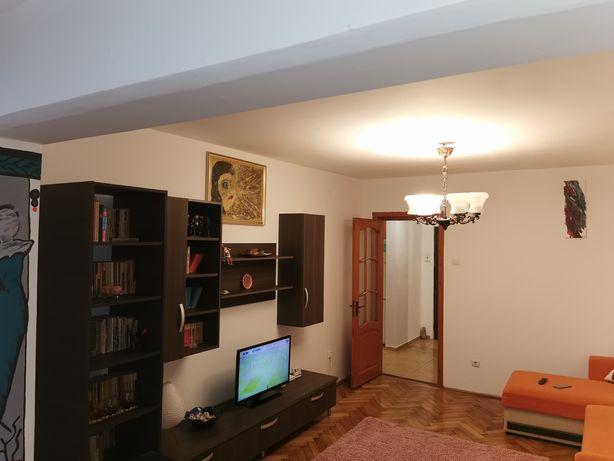 Inchiriez Apart 2 camere Balcescu