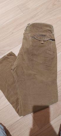 Pantaloni raiați Dsquared