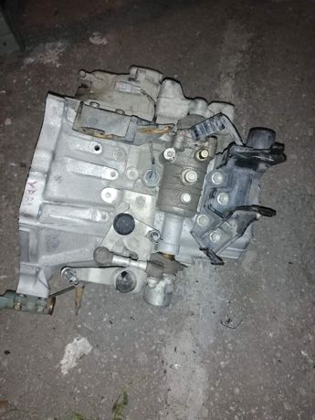 Скоростна кутия за Тойота ярис 2008 1.4  D4D