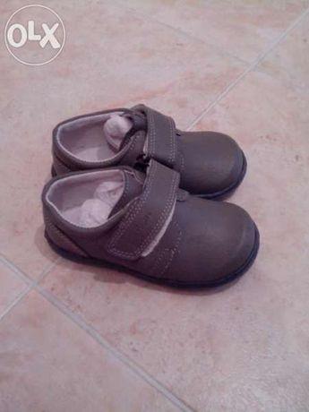Нови!Детски обувки ест.кожа-Капчица