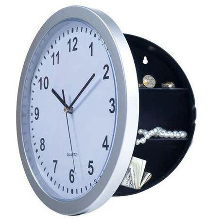 Часы настенные с сейфом