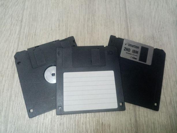 Продам дискеты для компьютера