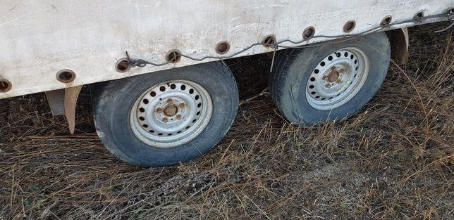 Remorca volum 3500 kg