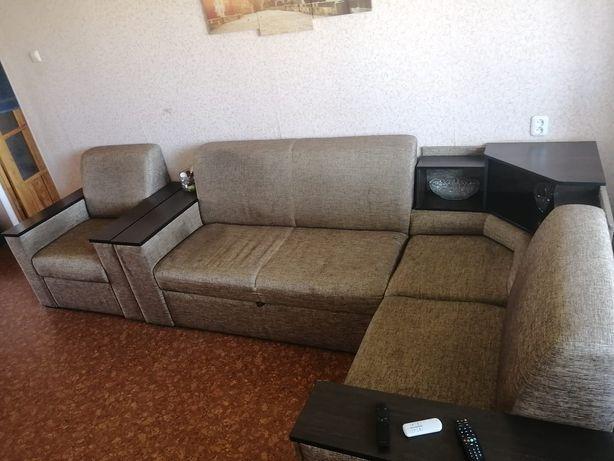 Продам диван с креслом. 50 000