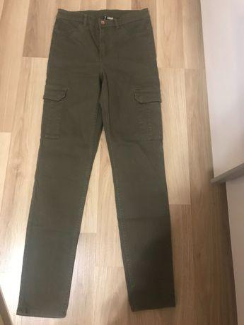 Нов h&m панталон / hm дънки зелен с джобове