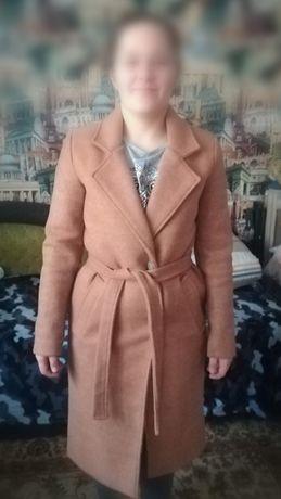Женская одежда, пальто