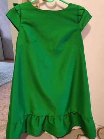 Женская одежда, платье