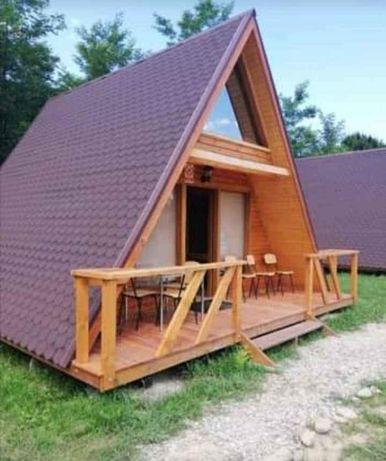 Vand case pe structura din lemn