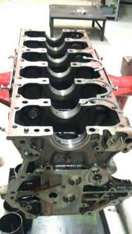 Двигатель Блок головка коленвал масляный насос поршня стартер тнвд