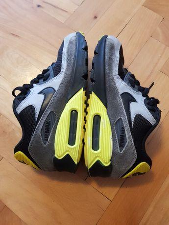"Маратонки ""Nike"" N 35"