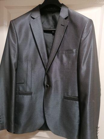 Мъжки официален костюм Giovanni