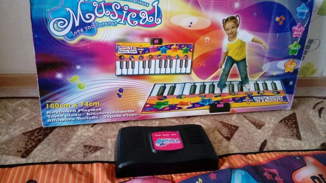 продам детское пианино синтезатор