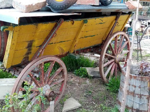 Селска каруца запазена