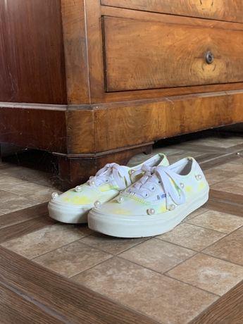 Vans Nike-Adidas, albi, panza broderie perle