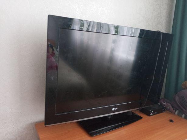 Lg телевизор в хорошем состояний без интернета