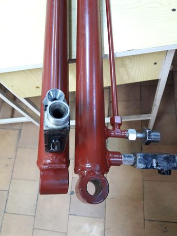 Reparatii cilindri hidraulici & pneumatici si pompe hidraulice.