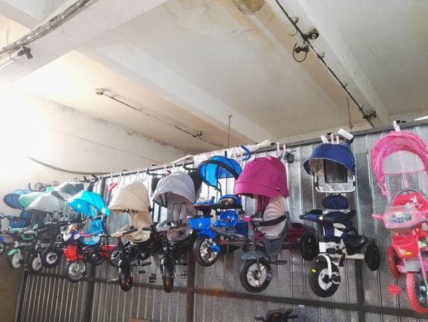 Triciclete copii diverse modele roti cauciuc spuma EVA Avantajos