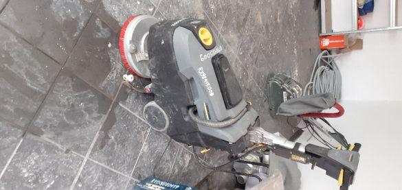 Почистване на подови настилки