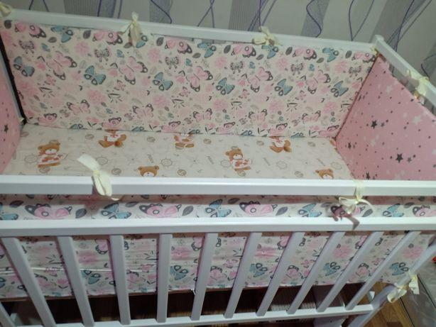 Продам детскую кроватеу новая с матрасом и бортиками