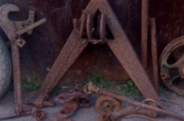 Угольник на трактор