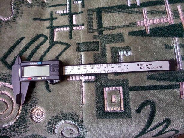 Электронный штангенциркуль из пластика, длина 150 мм / 6 дюймов