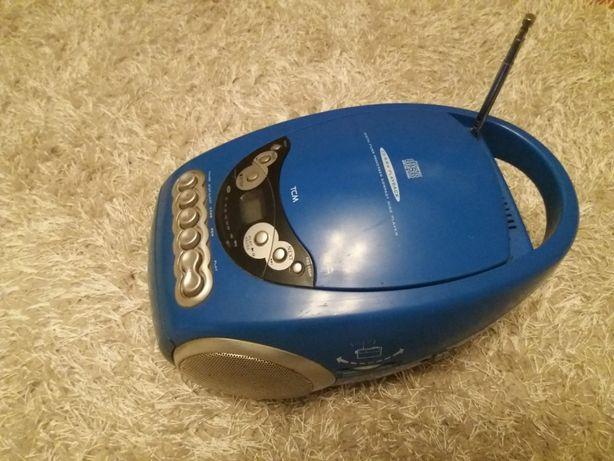 Sanyo dubluradiocasetofon portabil