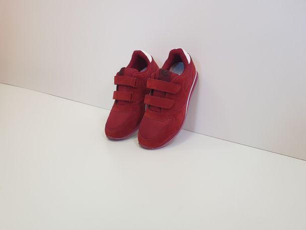 Adidasi pentru fete