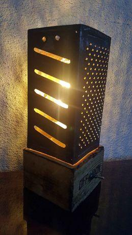 Lampa / veioza handmade din razatoare veche