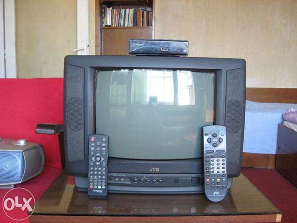 Продавам прекрасен цветен телевизор - JVC, заедно с декодер - STRONG.