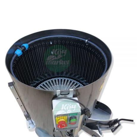 Машина за отстраняване на зелена обвивка на орехи