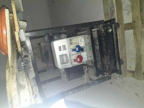 Vand generator de curent industrial,pt.fabrici.17,7kw(24Hp)