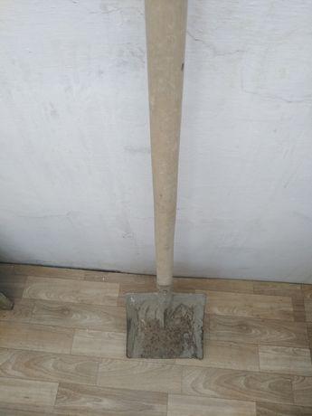 Лопата совковая..