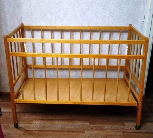 Кроватка детская. Деревянная. Экологически чистая.