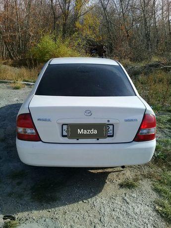 Mazda Familia 2000г.в