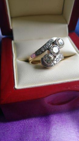 inel superb de aur galben 18k cu 3 diamante solitaire 0,6 ct autentice