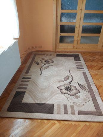 Covor dreptunghiular 170 cm × 250 cm