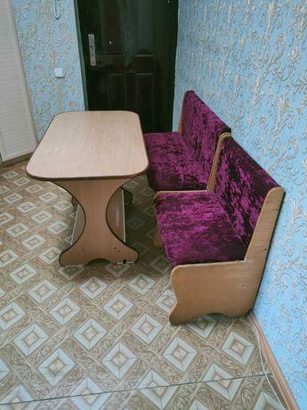Кухонный уголок б/у со столом вместе 2600 тенге