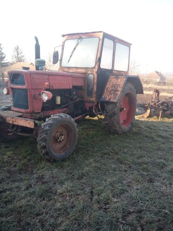 De vânzare tractor U651