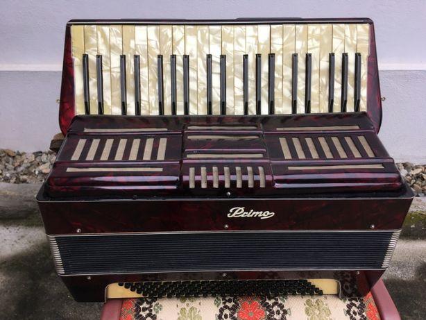 Vind acordeon italian Primo.